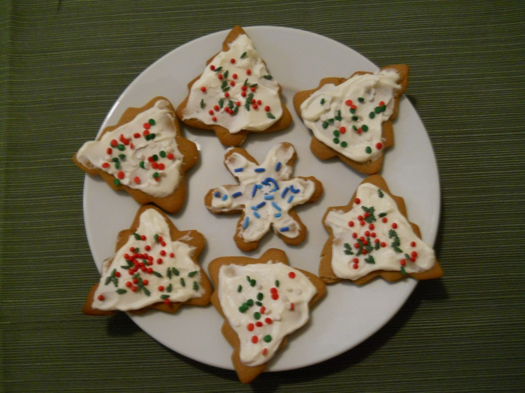 Gingerbread Cookies with Creamy Cream Cheese Icing