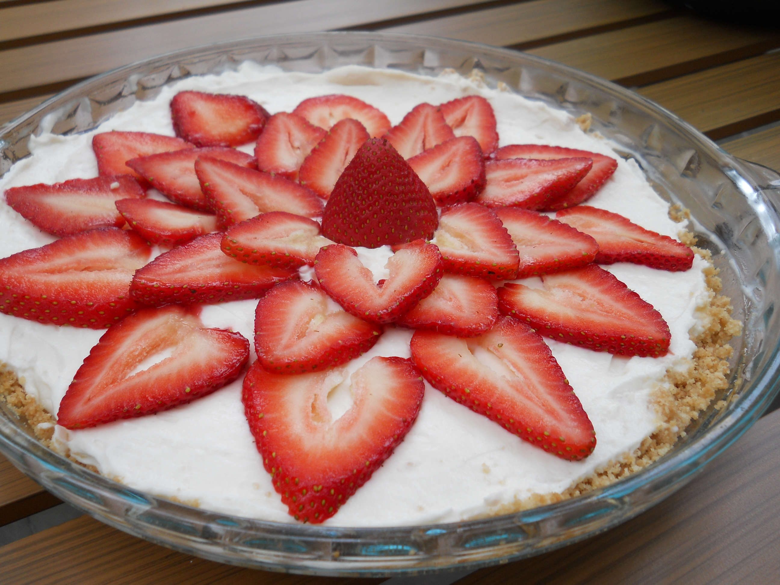 Strawberry Cream Pie Recipe -spatialdrift