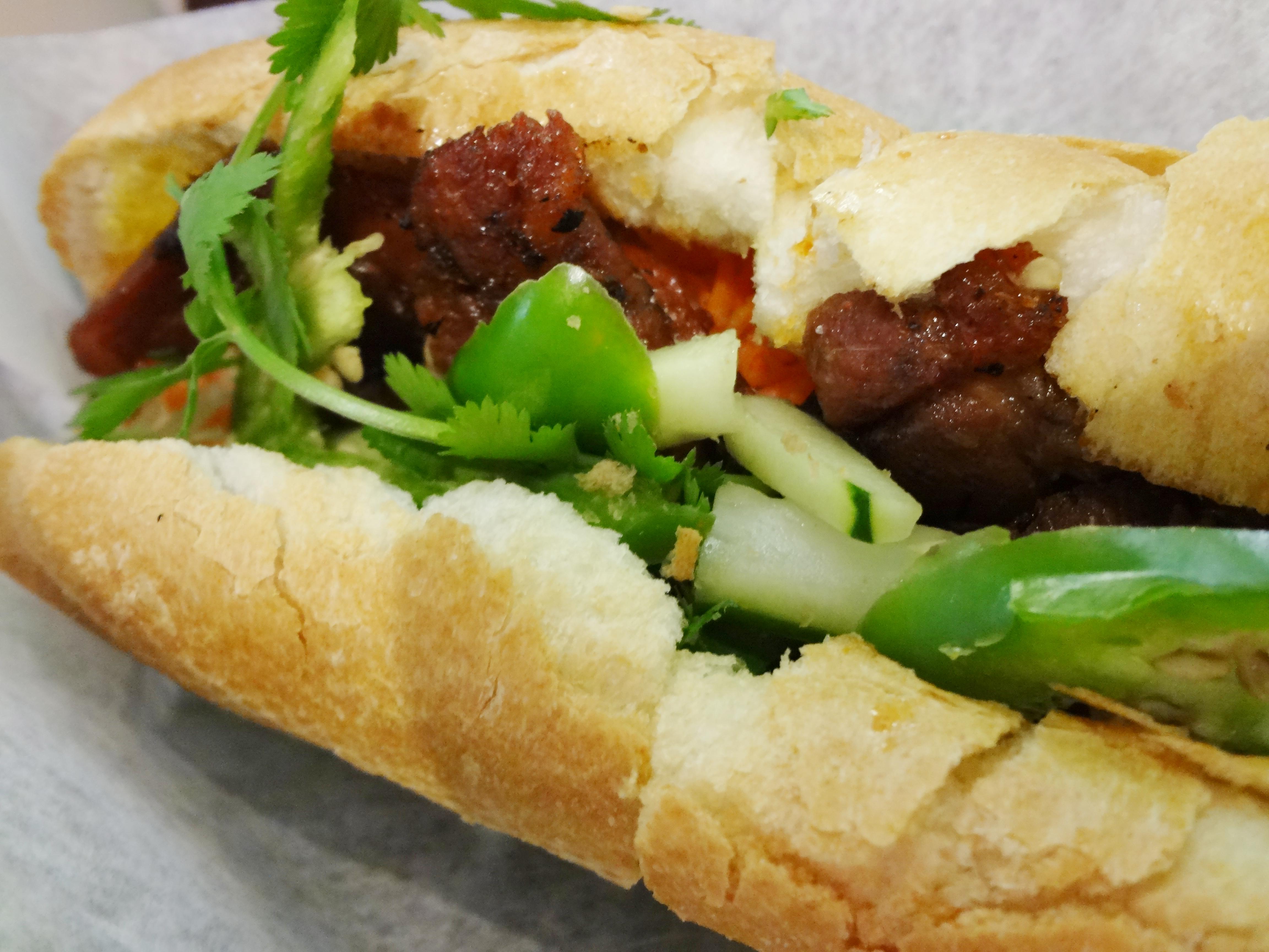 Bahn mi thit nuong - grilled pork sandwich