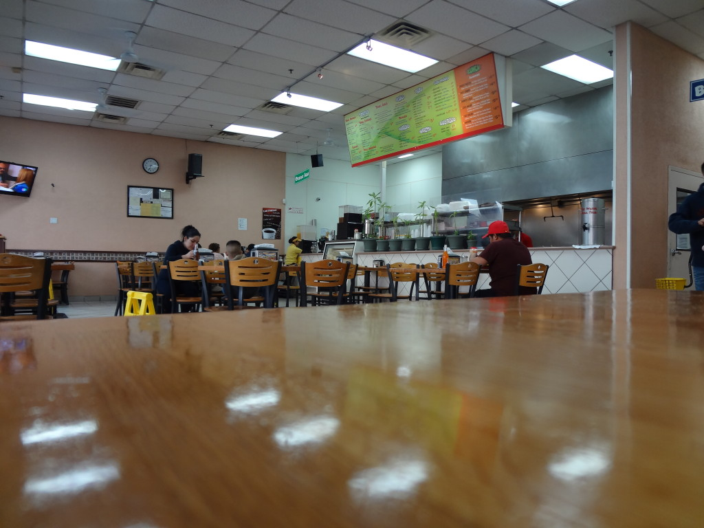 Interior of Las Tortas Locas