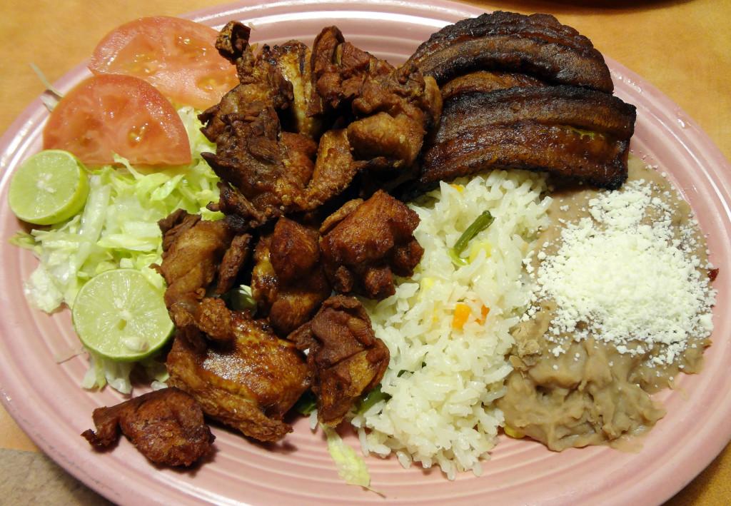 Pollo Dorado Salvadoreno