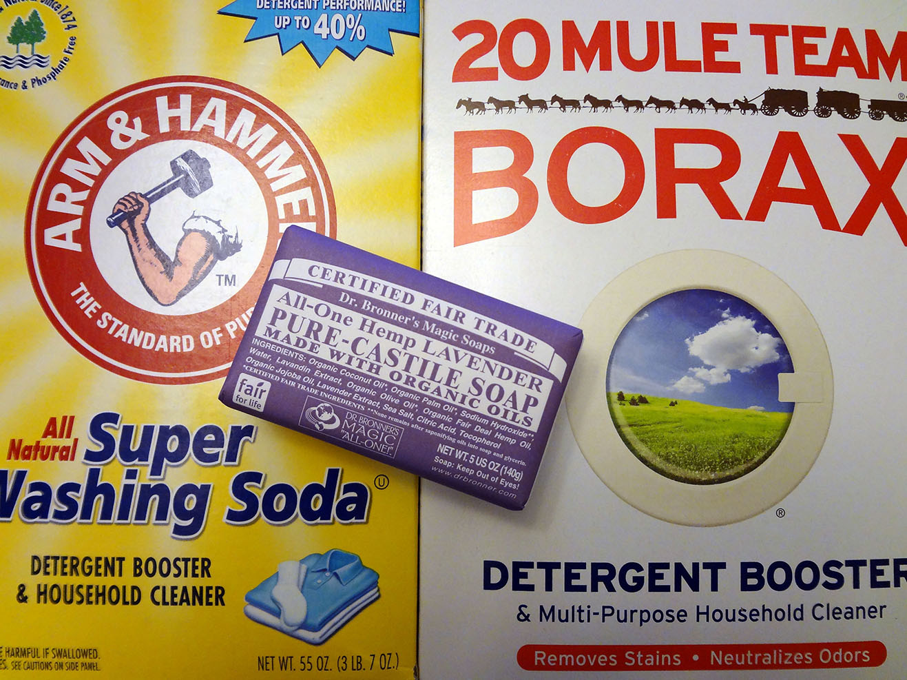Ingredients for making organic laundry detergent