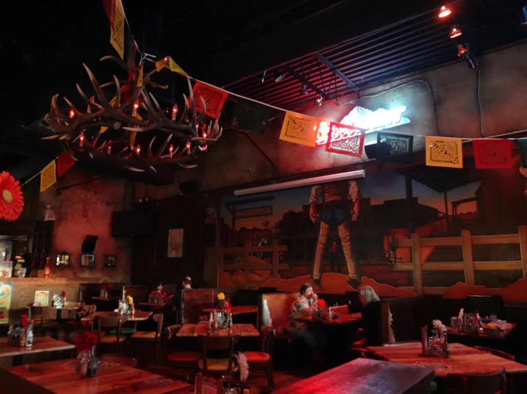 Twisted Taco interior