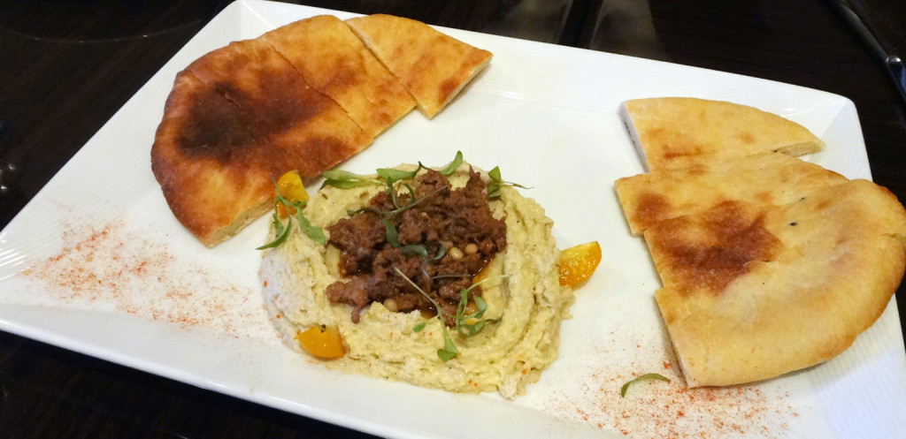 Hummus with Sauteed Lamb