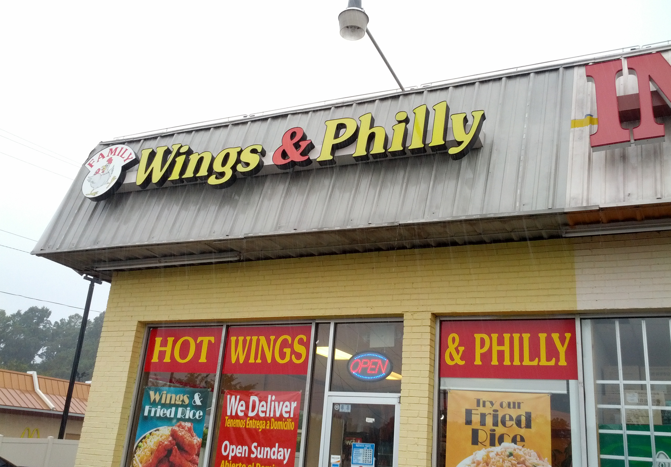 Family Wings and Philly