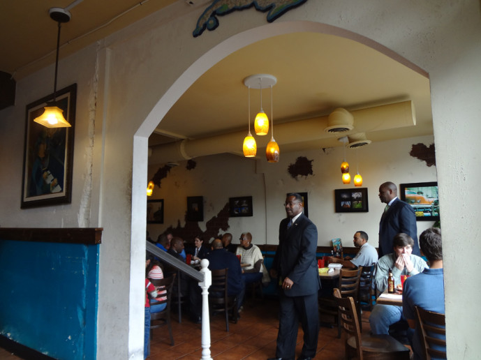 Papi's Cuban and Caribbean Grill interior