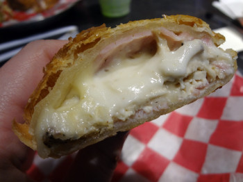 Chicken cordon bleu pie