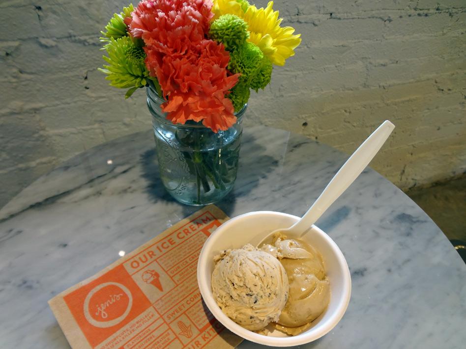 Jeni's Splendid Ice Creams table setting