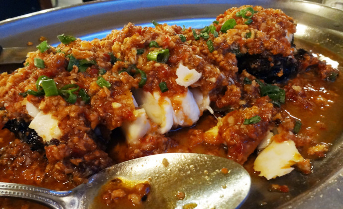 Cod fish filet with crispy beans (delicious sauce)
