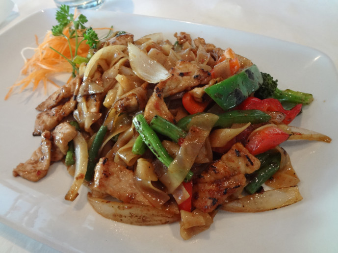 Fuji Hana spicy thai basil noodles