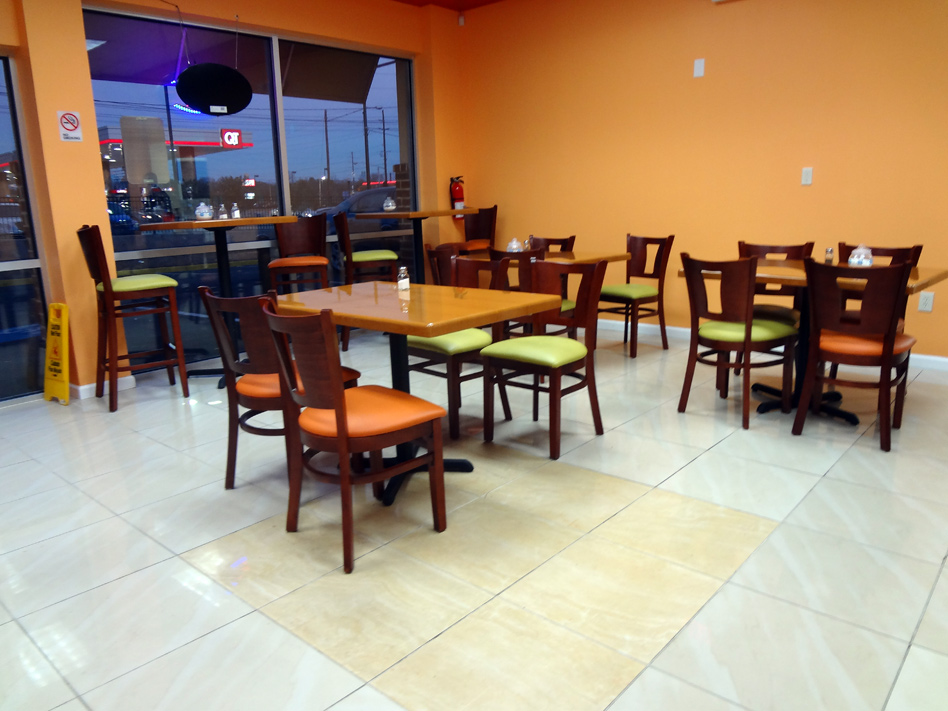 Al-Amin Halal Restaurant and Grocery Store interior