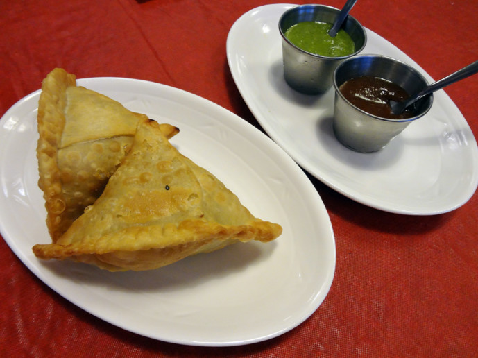 Purnima vegetable samosa