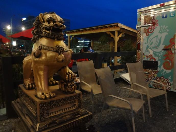 Atlanta Food Truck Park decor