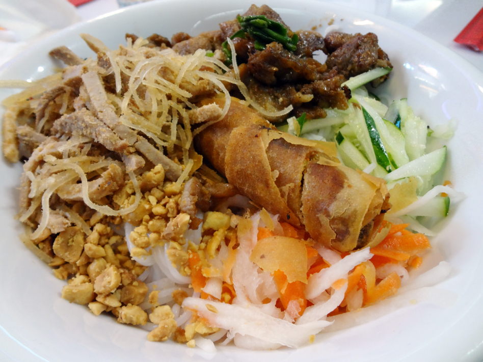 Bun bi thit nuong chat gio from I Luv Pho