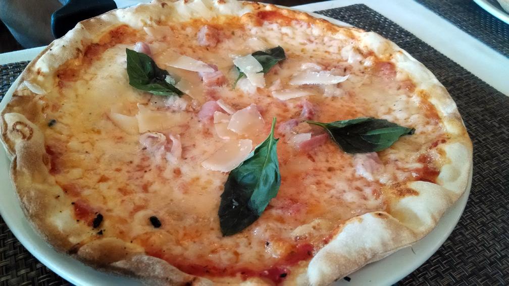 La Tagliatella parmigiano pizza