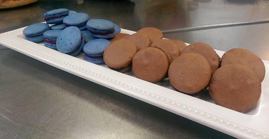 The finished blackcurrant & chocolate macarons