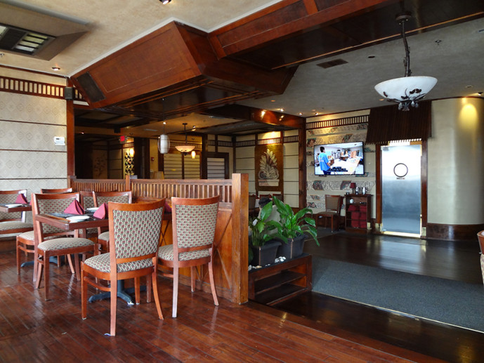 A-Priori Seafood interior
